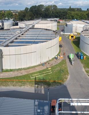 Nieuwe rioolwaterzuiveringsinstallatie Hoogheemraadschap de Stichtse Rijnlanden waaraan Arcadis vanaf 2014 aan meewerkt
