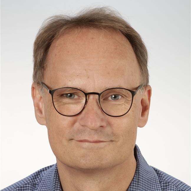 Dr. Michael Reinhard