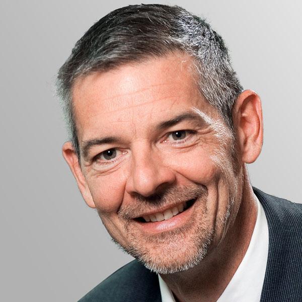 Dr. Wolfram Tauer