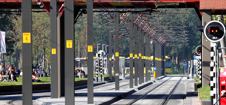 rails van sporen bij Uithoflijn in Utrecht